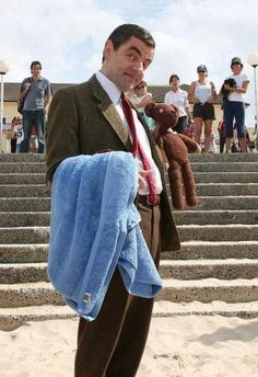 But many people often wonder what does mr bean do when hes not mr mr bean solutioingenieria Image collections