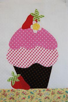 Trendy embroidery patterns free kitchen mug rugs ideas Embroidery Hearts, Embroidery Bags, Embroidery Patterns Free, Sewing Appliques, Hand Embroidery Designs, Applique Designs, Embroidery Stitches, Machine Embroidery, Sewing Patterns
