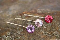 Check out these easy to follow step by step tutorials to learn how to make them – perfect crafts for teens to make, and they will not break the bank or take a ton of time. Make several variations of each so you have tons to choose from for any occasion. 1. DIY 1 Minute …