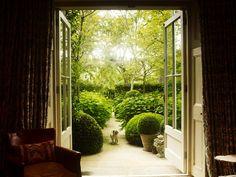 Jo's favourite outdoors (and almost outdoors) 2018 - Luciano Giubbilei Formal Gardens, Small Gardens, Outdoor Gardens, Modern Gardens, Garden Art, Garden Design, Garden Trees, Dream Garden, Tiny Garden Ideas