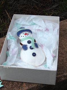 Mapleberry Musings: Packaging a Snowman