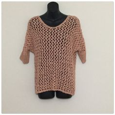 """Beautiful Peach Sweater Peach and gold metallic sweater, crochet pattern, size large. Nwt. 3/4 sleeves. See through. 58% Acrylic 35% Nylon 7% Metallic. Stretchy 19"""" in length. Final and great price. Dress Barn Sweaters Crew & Scoop Necks"""