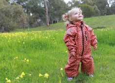 rainsuits4 Kids can stay dry and clean with Ducksday Rainsuits