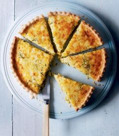 Courgette,-onion-and-Cheddar-tart