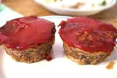 Ever thought of making some extra delicious muffins with meat?? Then think about it now!! Meat Muffins is an utterly delicious recipe, pairing pork and beef with spices, to serve as a one time meal or snack with some spicy sauce or French bread!!