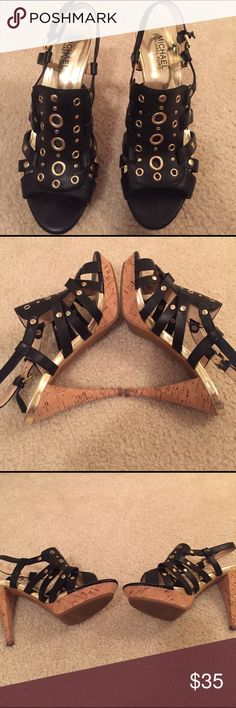 Michel Kors shoes 👠!! Leather Black and gold Michael Kors shoes 👠!! Michael Kors Shoes Heels