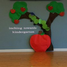 Graduation, Spring, and End of the Year Bulletin Board Idea