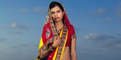 """Huffpo """"Jill Peters' 'Third Gender' Photography Series Explores India's Hijras"""" When photographer Jill Peters first traveled to India in 2007, she was intrigued by what she at first believed to be male cross-dressers making their way through the marketplace."""