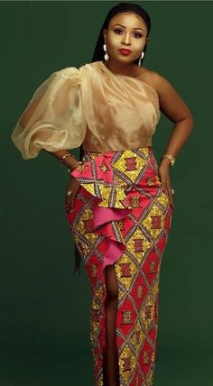 ankara mode 15 Beautiful Ankara Styles Designs - Brenda O. Short African Dresses, Latest African Fashion Dresses, African Lace, African American Fashion, Ankara Fashion, African Women, Emo Fashion, Ankara Mode, Ankara Stil