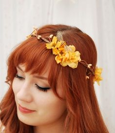 This is my favourite wreath by Gardens of Whimsy  Something I'll dig for my wedding :)