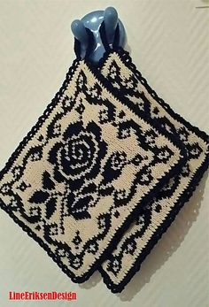 Ravelry: Black Rose Grytekluter pattern by Line Eriksen Knitting Charts, Knitting Patterns Free, Crochet Patterns, Filet Crochet, Knit Crochet, Knitting Projects, Crochet Projects, Animal Rug, Crochet Potholders