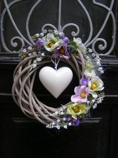 Piece + you + spring + or + all year round + wreath + on + solid + natural + corpus + o + p . Valentine Day Wreaths, Easter Wreaths, Holiday Wreaths, Wreath Crafts, Diy Wreath, Grapevine Wreath, Couronne Diy, Summer Wreath, Spring Crafts