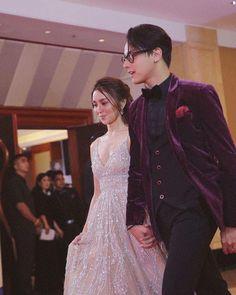 #KathNielAtStarMagicBall2017 Mr. and Mrs. Ford last night at Star Magic Ball! #DanielPadilla #KathrynBernardo #KathNiel #KathNielPeeps (@supremo_dp @bernardokath @karlaestrada1121 @bernardomin @omengq) 💙Yhinejhai08