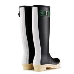 Hunter - Original Contrast: A bold style for spring/summer, this boot is all about mixing it up. Wellies Boots, Hunter Rain Boots, Kids Boots, Bold Fashion, Contrast, Footwear, The Originals, My Style, Hunter Original