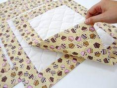 Patchwork Cozinha Jogo Americano Ideas For 2020 Patchwork Kitchen, Patchwork Tiles, Baby Patchwork Quilt, Patchwork Quilt Patterns, Patchwork Cushion, Crazy Patchwork, Cushion Fabric, Patchwork Tutorial, Fabric Scraps