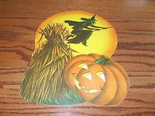 "VTG 12"" MADE IN USA HALLOWEEN WITCH DIE CUT CARDBOARD DECORATION CUT OUT NOS Vintage Halloween, Halloween Crafts, Happy Halloween, Halloween Decorations, Vintage Ephemera, Pumpkin Carving, Nostalgia, Witch, Usa"