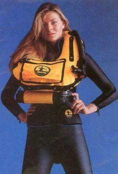 Vintage Scuba...Yeah, an ABLJ!: http://www.deepbluediving.org/oceanic-geo-2-0-dive-computer-review/