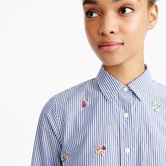 Perfect shirt with bee embellishment
