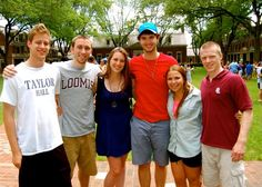 Loomis Chaffee students enjoy a day on the quad!