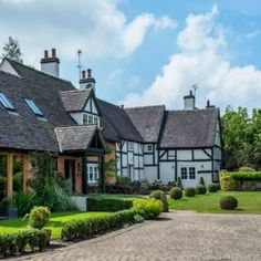 Bringing a home into the modern age is no mean feat, but that's exactly what the owners of this gorgeous rural property have done Old Cottage, Rustic Cottage, Cottage Gardens, Cottage Extension, Fairytale Cottage, Little Cottages, English House, English Style, Cottage Living Rooms