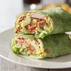 California Turkey Club Wrap Healthy Sandwiches, Wrap Sandwiches, Sandwich Recipes, Lunch Recipes, Dinner Recipes, Chipotle, Spinach Tortilla Wraps, Slow Roasted Turkey, Kids Meals