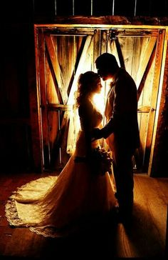 Wedding pose, classic, country, rustic A MUST!