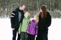 Familjefotografering i Stockholm - Stockholm, Couple Photos, Couples, Pictures, Couple Photography, Couple, Romantic Couples, Couple Pics