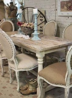 Shabby chic farmhouse decor french country dining rooms Ideas for 2019 Farmhouse Chairs, Farmhouse Kitchen Tables, Shabby Chic Farmhouse, Shabby Chic Kitchen, Vintage Kitchen, French Farmhouse, Cottage Chic, White Cottage, Modern Farmhouse