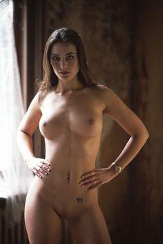 Zoe Vialet Naked 57