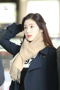 Irene - Incheon Airport arrival from Japan ©bemybrownie Red Velvet アイリン, Red Velvet Irene, Korean Airport Fashion, Korean Fashion, Seulgi, Korean Beauty, Asian Beauty, Petty Girl, Red Velvet Photoshoot