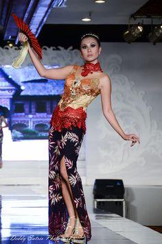 indonesian kebaya and batik festival by Deddy Satrio, via 500px