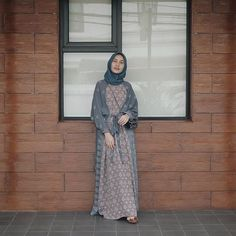 @dwihandaanda | +62 .Sophisticatedly Casual @tokopedia : Dwihandaanda CEO of @hanum_id @hanum_basic #tulisanuwik #letusembracewithdwihanda Batik Fashion, Abaya Fashion, Muslim Fashion, Modest Fashion, Fashion Outfits, Mode Abaya, Mode Hijab, Hijab Dress Party, Kebaya Dress