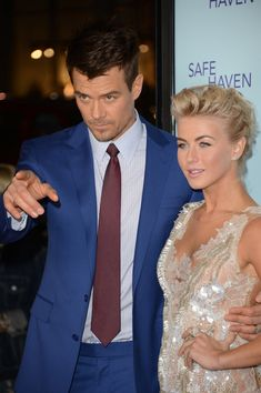 """Julianne Hough Photos - Actors Josh Duhamel and Julianne Hough arrive at the premiere of Relativity Media's 'Safe Haven' at TCL Chinese Theatre on February 2013 in Hollywood, California. - Premiere Of Relativity Media's """"Safe Haven"""" - Arrivals George Chakiris, In Hollywood, Hollywood California, Universal City, Ann Margret, Nicholas Sparks, Julianne Hough, Josh Duhamel, Safe Haven"""