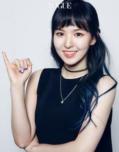 Wendy of Red Velvet Seulgi, Red Velvet Photoshoot, Wendy Red Velvet, Thing 1, Vogue Magazine, Korean Beauty, Olaf, Blue Hair, Korean Girl Groups