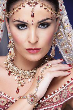 gujarati-bride | Asiana. Elegance by Ketna. Loveee this look