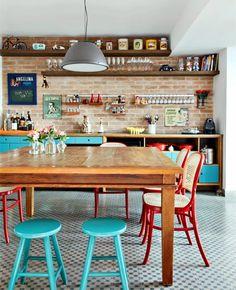 cozinha rústica e colorida