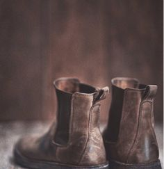 Find images and videos about vintage, brown and boots on We Heart It - the app to get lost in what you love. Artemis, Johnathan Byers, The Scorpio Races, Maggie Greene, Johanna Mason, Grey Warden, Nathan Drake, Neville Longbottom, Katniss Everdeen