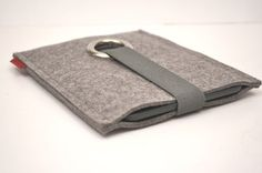 Kindle Case Wool Felt in Granite with Elastic by PinsnNeedlesCases, $ 25.00