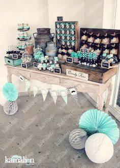 Mx - mesa de dulces / candy bar / postres / baby shower / negro & menta / mint & black / vintage / rustic decor / little man / cakepops Idee Baby Shower, Baby Shower Candy, Baby Shower Vintage, Baby Shower Themes, Baby Boy Shower, Baby Shower Decorations, Shower Ideas, Vintage Party Decorations, Candy Bar Vintage