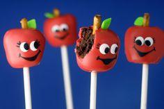 Apple Cake Pops!アップルちゃんのケーキポップス