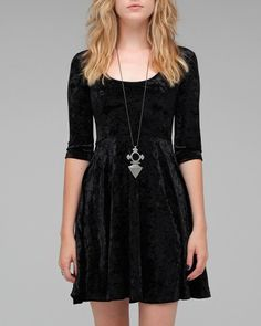 The Craft Velvet Dress    Mink Pink