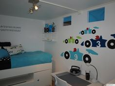 barnrum,pojk,sandbergs tapeter,väggord,väggmålning