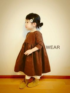 Fashion ideas for winter kids clothes 482 Fall Clothes For Girls, Hipster Baby Clothes, Baby Kids Clothes, Toddler Girl Style, Toddler Dress, Baby Dress, Cute Fall Outfits, Cute Outfits For Kids, Baby Suit