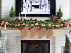 Update Your Mantel Decoration For the Holidays