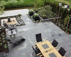 Love This Back Patio With Amble Seating And Meticulous Beds. Apparently A Vegetable Garden Can Easily Be Incorporated Into This Design . Sweet Contemporary Patio By Holly Marder Terrasse Design, Diy Terrasse, Patio Design, Garden Design, Firepit Design, Patio Diy, Backyard Patio, Backyard Landscaping, Patio Ideas