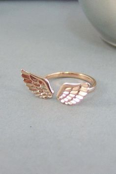 Rose Gold Guardian Angel Wing Ring, Good Luck Charm Jewelry Gift for . Rose Gold Guardian Angel Wing Ring, Good Luck Charm Jewelry Gift for Girl , Woman Cute Jewelry, Charm Jewelry, Jewelry Gifts, Jewelry Accessories, Fashion Accessories, Jewelry Design, Fashion Jewelry, Silver Jewelry, Bridal Jewelry
