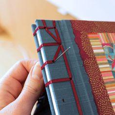 Encuadernacion japonesa: costura del cuaderno