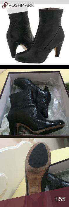 Black crinkle patent leather ankle boots   EUC Super cute crushed patent leather boots from Taryn Rose w medium heel.  The leather is really soft. No signs of wear on upper or interior though from beneath you can see that soles have been wet.  Very comfortable, worn once.  Easy to style - great w a short skirt or smartened up for work girl boss style.  Box included.    From a smoke-free cat-free home. Taryn Rose Shoes Ankle Boots & Booties
