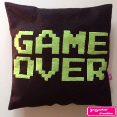 Le chouchou de ma boutique https://www.etsy.com/fr/listing/484414215/coussin-game-over Nouvelle collection Retro game #gameboy #nintendo #gameover #pixel #pixelart #retrogaming #retrogames #geek #geekette #nerd #instageek #etsy #etsyshop #etsyseller #etsystore #hechoamano #faitmain #letsplay #friki #cousumain #couture #homedeco #pillow #instapillow #instadeco #nintendofan #worldofnintendo #justnerdthings #oldschool #oldschoolgaming