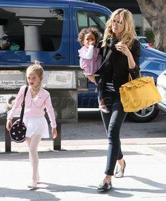 #heidiklum #ballerinas #ballerine #shoes #comfort #moda #fashion #durval  #everyday #freetime #florence #Madeinitaly #iloveshopping #iloveshoes #flatshoes #vip #cinema #beauty #topmodel #actress #showgirl #mum #mamma